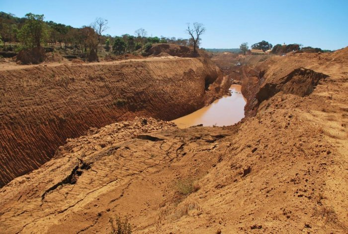 The Kalasa-BhanduraNala project, which is also dubbed as Mahadayi project, is undertaken by the Government of Karnataka to improve drinking water supply to the twin cities of Hubballi--Dharwad and the districts of Belgaum and Gadag. DH Photo