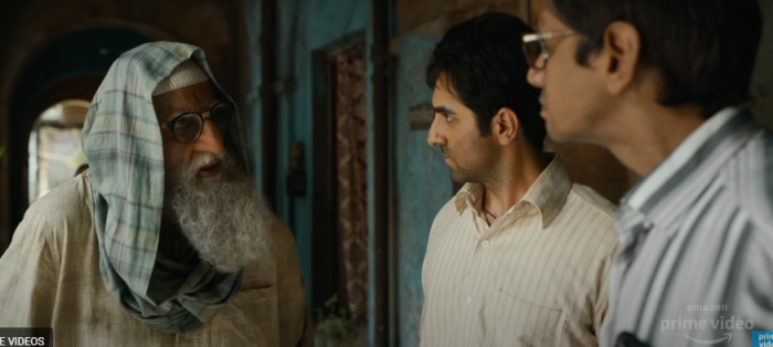 A still from the Gulabo Sitabo trailer. (Credit: YouTube/screengrab)