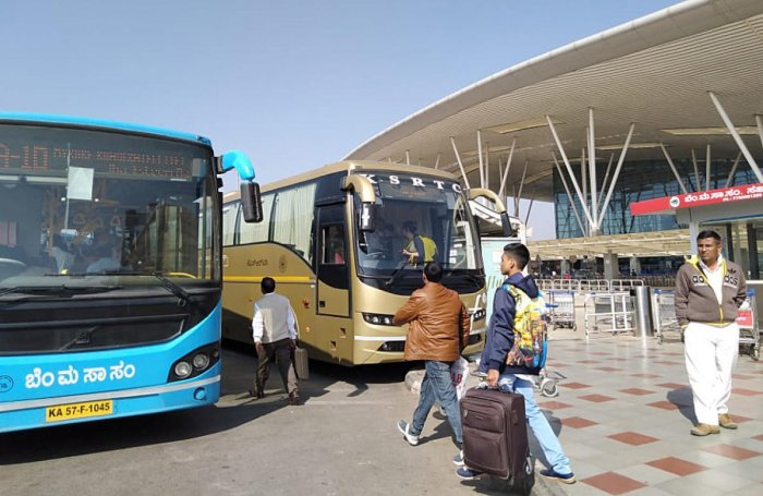 The BMTC runs Vajra and Vayu Vajra buses to the Bengaluru airport. DH PHOTO