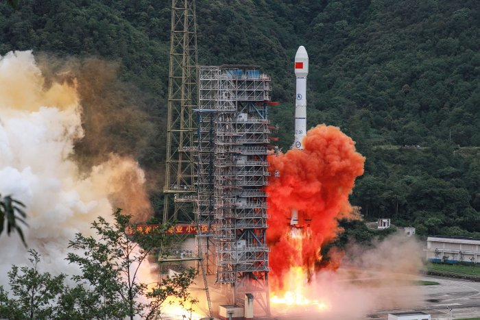 A Long March 3B rocket carrying the Beidou-3GEO3 satellite lifts off from the Xichang Satellite Launch Center in Xichang in China's southwestern Sichuan province on June 23, 2020. - China on June 23 launched the final satellite in its homegrown geolocation system designed to rival the US GPS network, marking a major step in its race for market share in the lucrative sector. (Photo by AFP)