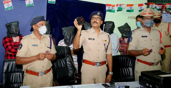 Guntur police bust gang altering age in Aadhaar to make women eligible for Jagan government's Cheyutha scheme
