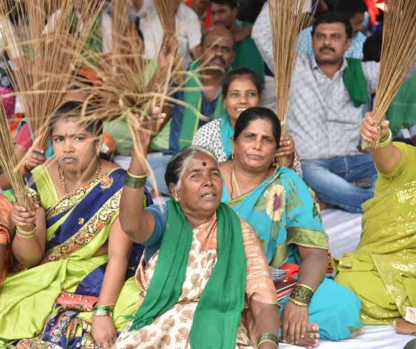 The PRR project has been mired in controversies ever since it was conceived in 2005. This file picture shows a protest by farmers set to lose their land to the project. DH PHOTO/Janardhan B K