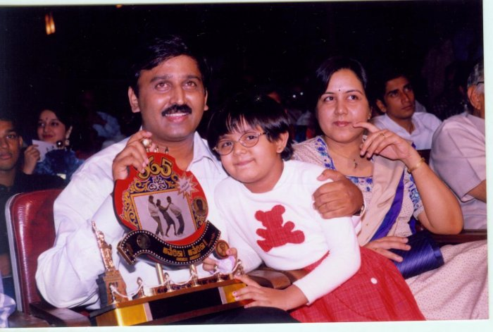 Ramesh Aravind with wife Archana and daughter Niharika at the one-year celebration of Kannada classic 'America America'.