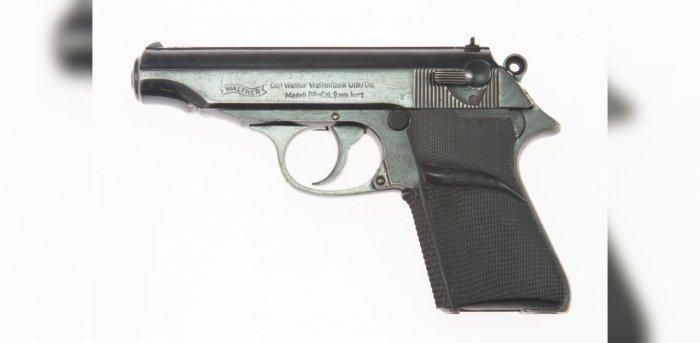 Sean Connery's original James Bond Walther PP handgun set for $200,000  auction   Deccan Herald