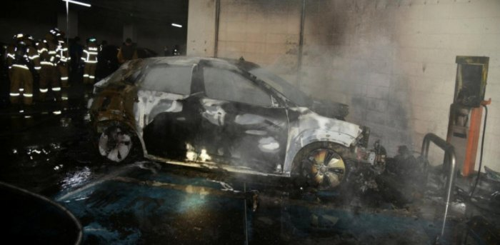 The burnt wreckage of a Hyundai Kona Electric vehicle is seen after it caught fire in Daegu, South Korea. Credit: Reuters Photo
