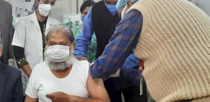 Haryana Health Minister Anil Vij volunteers in the trials for potential coronavirus vaccine Covaxin, at Civil Hospital in Ambala district, Friday, Nov. 20, 2020. Credit: PTI Photo