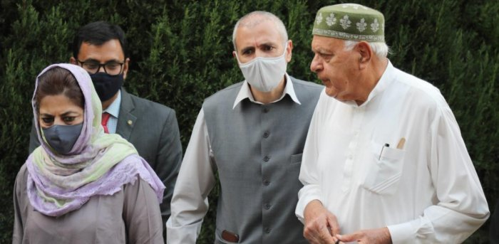 Members of People's Alliance for Gupkar Declaration Farooq Abdullah, Mehbooba Mufti, Omar Abdullah and others during a press conference after their meeting, at Bathindi in Jammu, Saturday, Nov. 7, 2020. Credit: PTI Photo