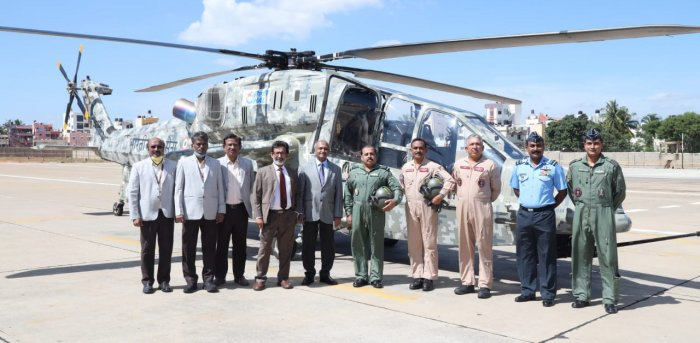 Air Chief Marshall Bhadauria with HAL staff. Credit: HAL