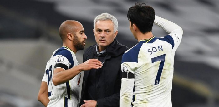 Tottenham Hotspur manager Jose Mourinho celebrates with Lucas Moura and Son Heung-min after the match. Credit: Reuters.