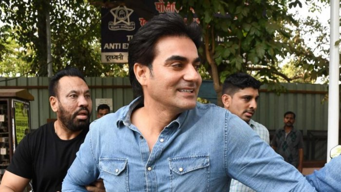 Arbaaz Khan, brother Sohail and his son booked for violating Covid-19 norms  | Deccan Herald