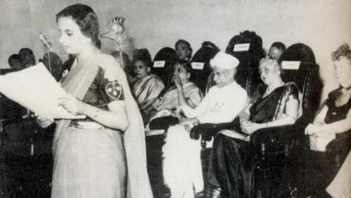 The Third International Conference, Bombay, 1952 held by Family Planning Association India. Dhanvanthi Rama Rau is be seen seated next to former President Sarvepalli Radhakrishnan. Credit: Wikipedia Commons