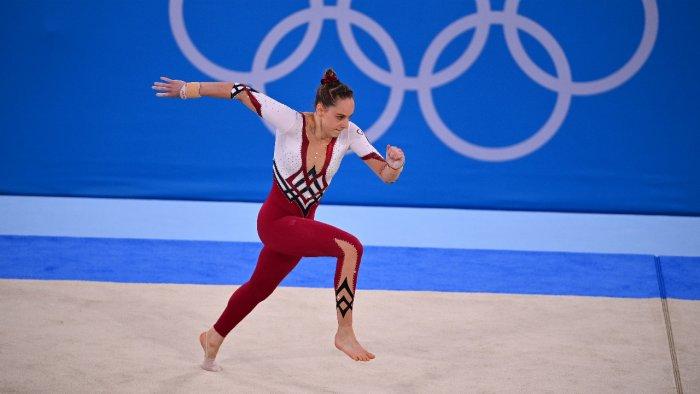 German gymnastics team, tired of 'sexualisation,' wears unitards | Deccan Herald