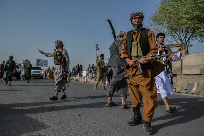 Afghan security personnel and Afghan militia fighting against Taliban. Credit: AFP Photo