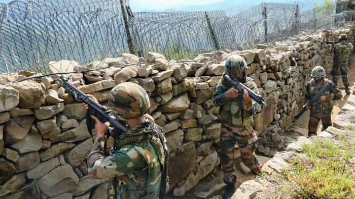 Indian army soldiers patrol along the Line of Control (LOC) between India and Pakistan border in Poonch district. Credit: PTI File Photo