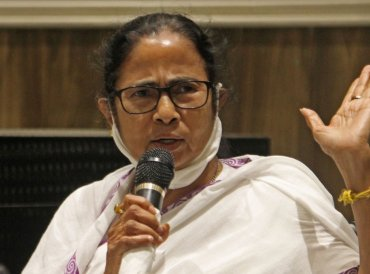 Genocide, says Mamata, dubs MCC Modi Code of Conduct