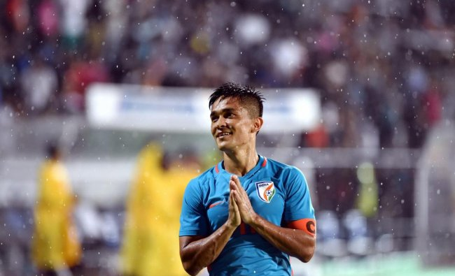 India player Sunil Chhetri (Blue jersey no. 11) greets the spectators after the team\'s victory against Kenya during the Hero Intercontinental football Cup, in Mumbai on June 04,