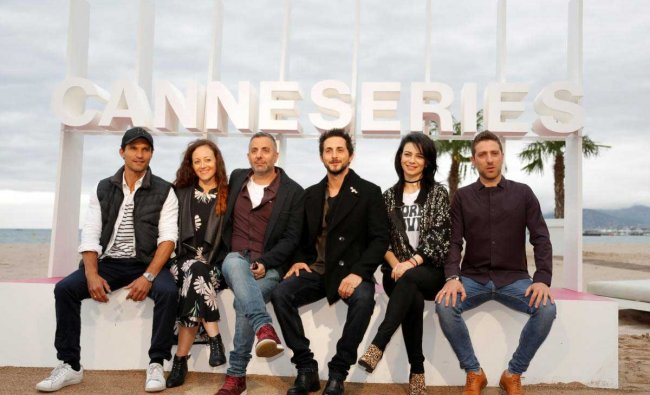 Cannes International Series Festival 2018: Cast member Dan Mor (L), director Omri Givon (3rdL) and cast members Tomer Kapon (3rdR), Ninet Tayeb (2ndR), Moshe Ashkenazi (R) pose during a photocall for the TV series \