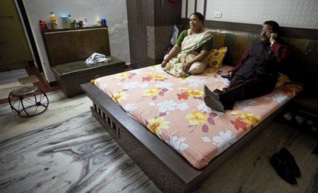 Dalit enterpreneur Hari Kishan Pippal with his wife