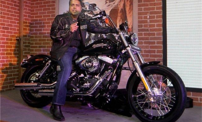 Anoop Prakash, Managing Director, Harley-Davidson India, poses with the FXDB Street Bob