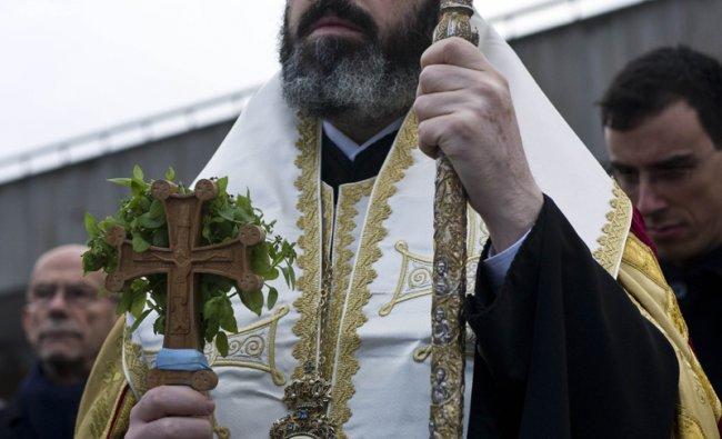 Bulgarian Orthodox Bishop Antonij of Konstantia celebrates mass