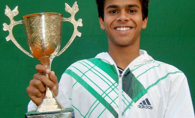 Sumit Nagal holds Trophy after wining ITF Juniors Tennis Tournament
