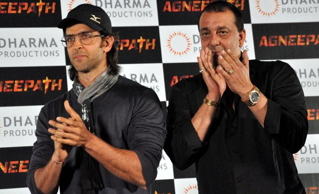 Hrithik Roshan and Sanjay Dutt attend a press conference