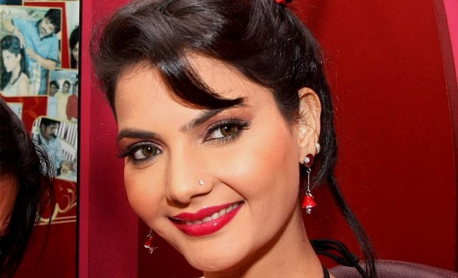 Model-actress Madhavi Sharma poses during shooting for a Valentine\'s Day event