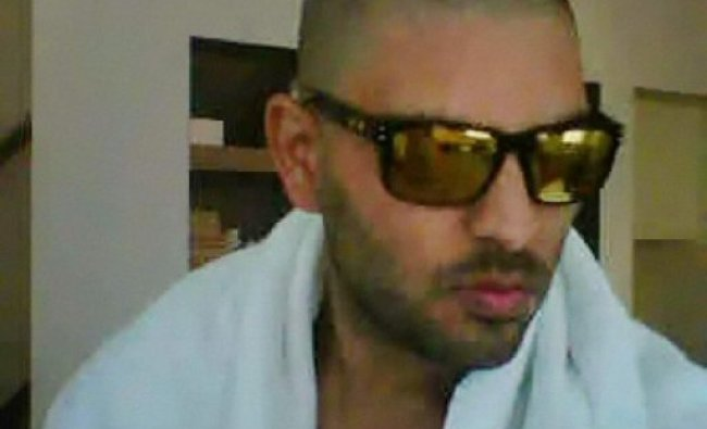 The latest picture of cricketer Yuvraj Singh, undergoing chemotherapy