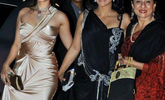 Bollywood actors Tanuja, Kajol and Trisha at the 10th Max Stardust Awards 2012
