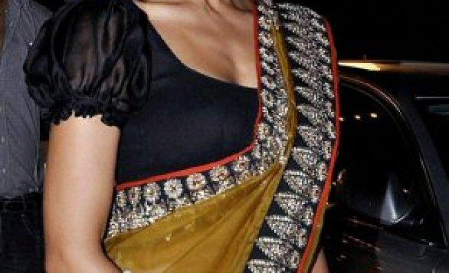 Bollywood actress Bipasha Basu at the 10th Max Stardust Awards 2012