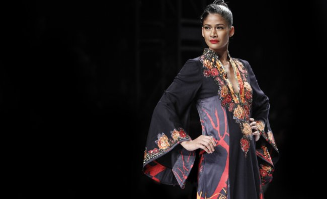 Charu Parashar\'s creation at the Wills Lifestyle India Fashion Week