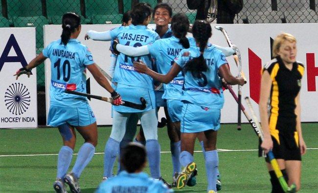 India\'s Soundrya Yendala celebrates with teammates