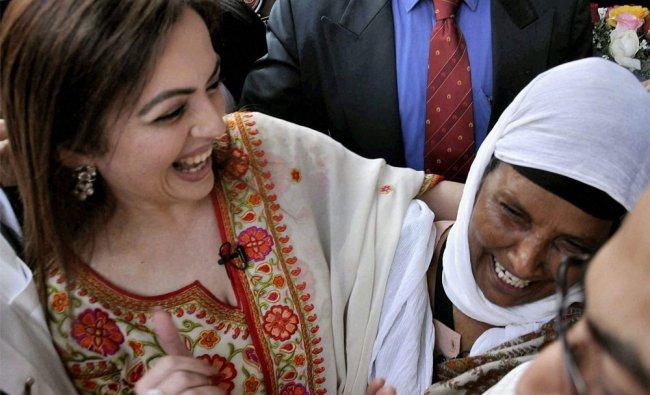Industrialist Mukesh Ambani\'s wife Nita Ambani arrives in Jalandhar for shooting of a documentary