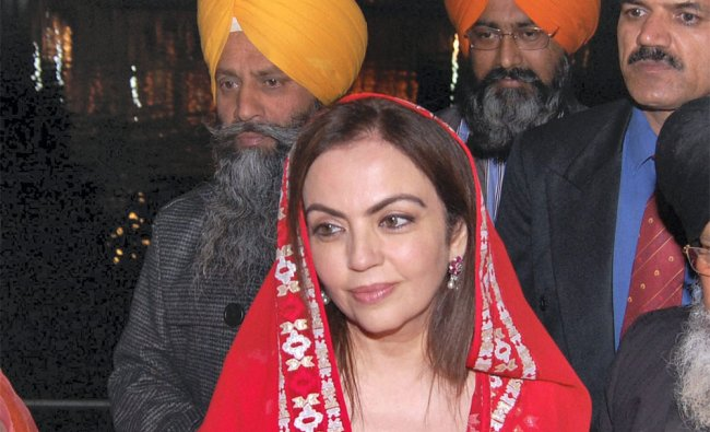 Nita Ambani pays obeisance at golden temple in Amritsar