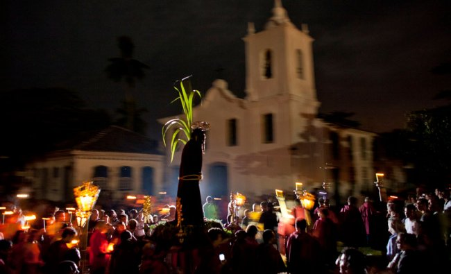 Hundreds of faithful participate in a Good Friday procession in Brazil