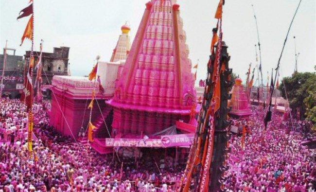 Devotees take part in Jyotiba Yatra near Kolhapur...