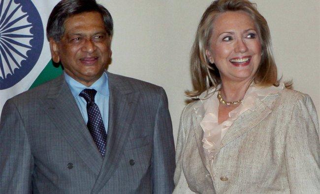 S M Krishna and US Secretary of State Hillary Clinton...