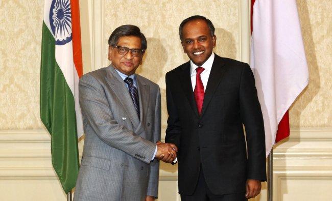 Singaporean Foreign Minister K. Shanmugam with S.M. Krishna