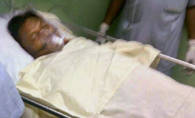 Jharkhand Chief Minister Arjun Munda being treated at a hospital in Ranchi