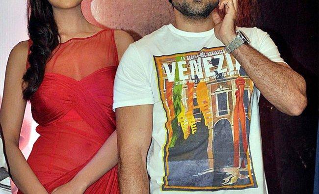 Emraan Hashmi and Esha Gupta during the success party of their film Jannat 2
