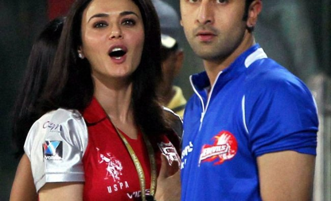 Preity Zinta and bollywood actor Ranbir Kapoor watch the IPL-5 match between Delhi and Punjab