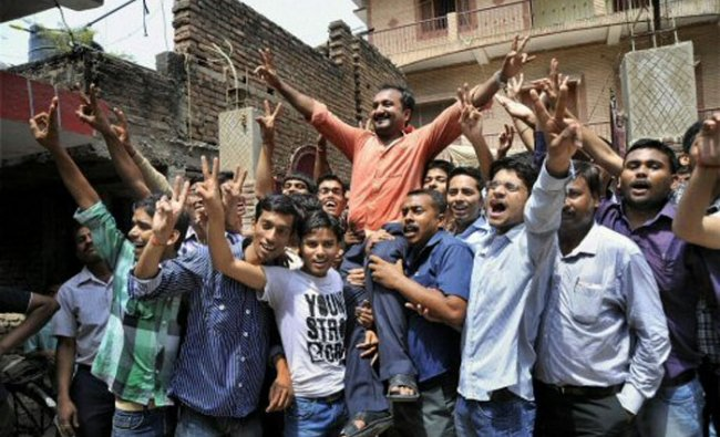 Founder of Super 30, Anand Kumar celebrates along with his students who have cracked IIT JEE 2012