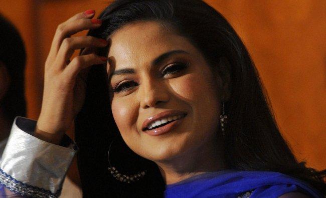 Pakistani actress Veena Malik at press conference regarding Kannada Dirty Picture...