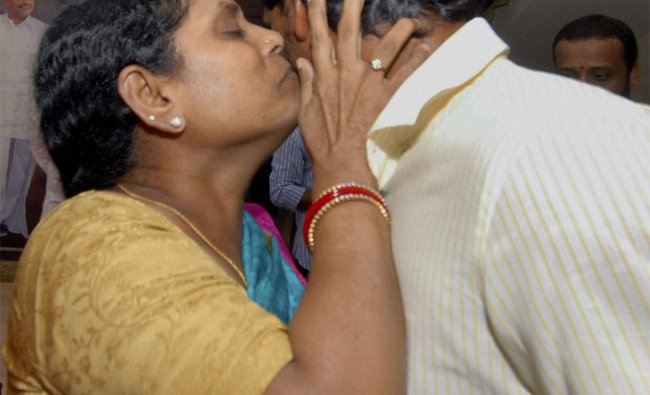 Y S Jagan Mohan Reddy being greeted by his mother at their residence in Hyderabad