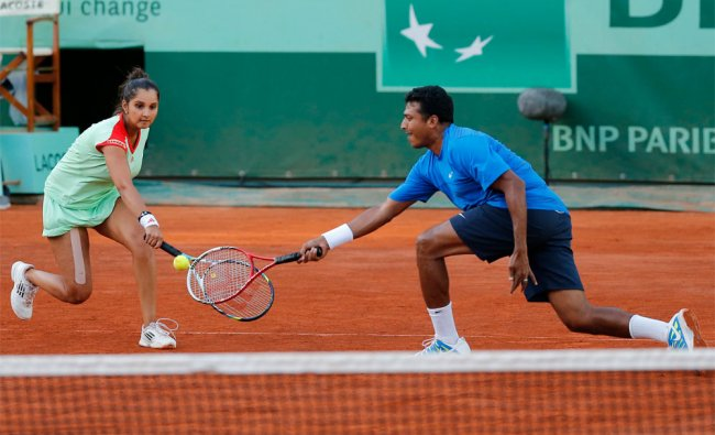 Sania Mirza and Mahesh Bhupathi during their mixed doubles final match of the French Open