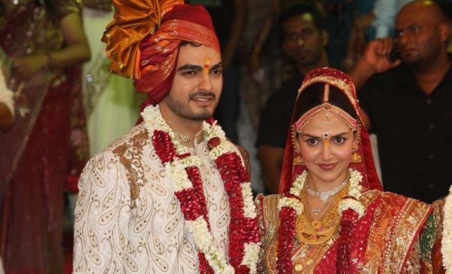 Esha Deol and Bharat Takhtani at their wedding ceremony