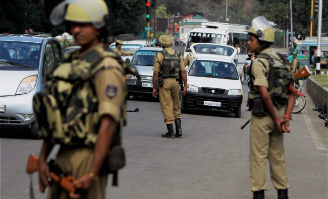 Security tightens to foil any attempts by militants to disrupt Independent Day function, Srinagar.