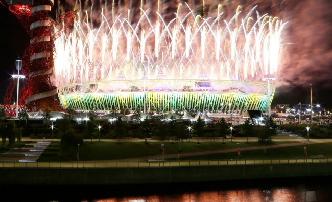 Fireworks explode during the Closing Ceremony of the 2012 Summer Olympics