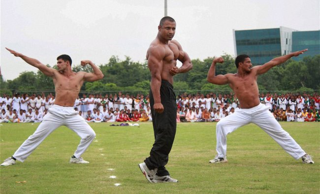 Haryana Police jawans perform during full dress rehearsal of Independence Day function