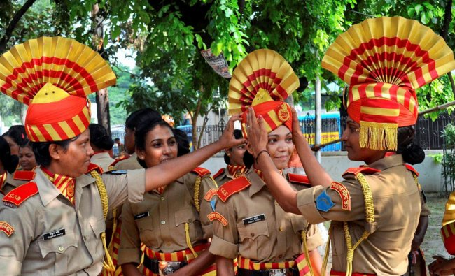 Women personnel of SSB at the full dress rehearsal of Independent Day function in Patna
